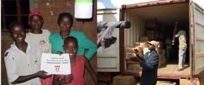 """paneles solares donados por """"Amigos de Nyumbani"""" en Japón"""